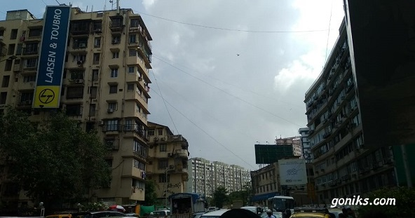 Large buildings in mumbai