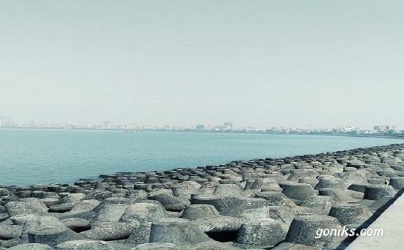 seaside of city
