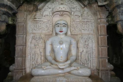 jain temple in Jaisalmer fort